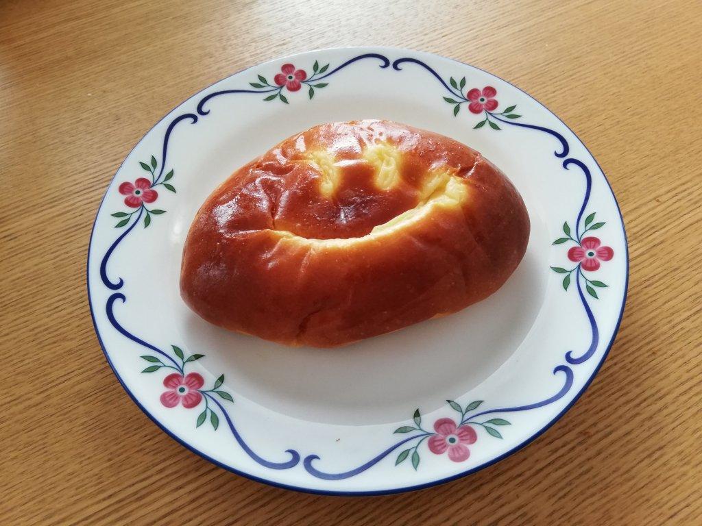 Panificio Pane(パニフィシオ パーネ)のクリームパン