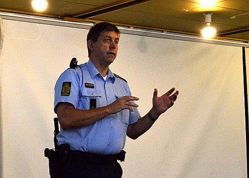 Stor ros til lokalpolitiet i bandekonflikten