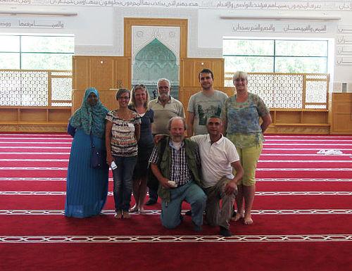 På besøg i den nye moske