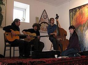 Akustisk jazz og swingmusik med RetroFlex på Gellerup bibliotek