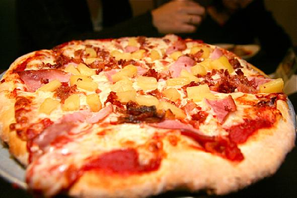 Grimhøj-talsmand vil ikke tage afstand fra ananas på pizza