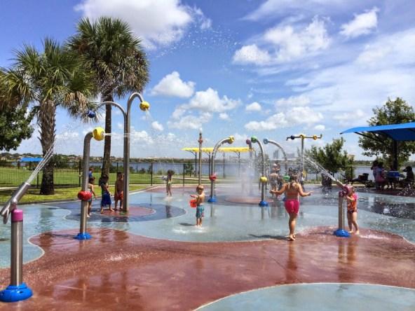 splash-pad-drphillips-water-park (3)