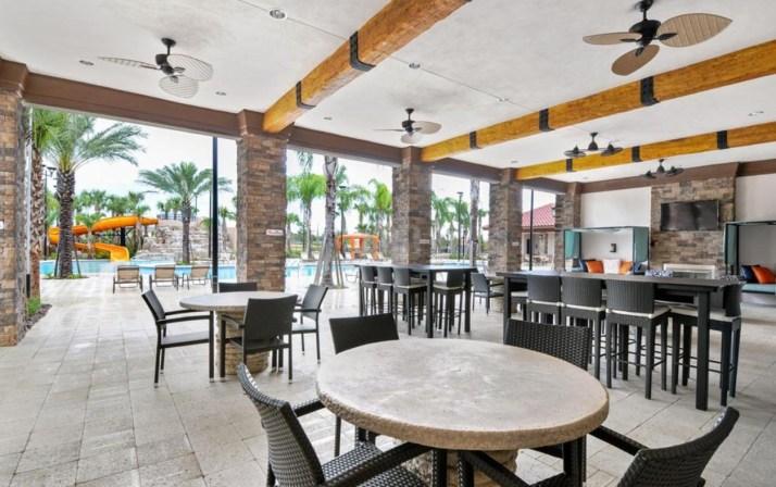 club-house-solterra-resort-pool-03