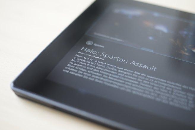 Halo: Spartan Assault - Title Screen