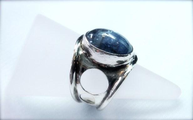 tanzanite & silver ring