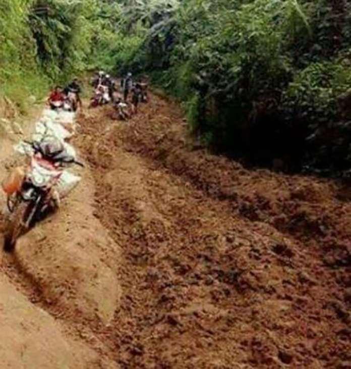 Akses Jalan Ulumanda, Warga Minta Penanganan Darurat