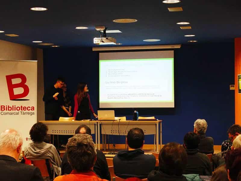 Xerrada del professor Jordi Recasens a la Biblioteca de Tàrrega el proppassat dia 15 de febrer.