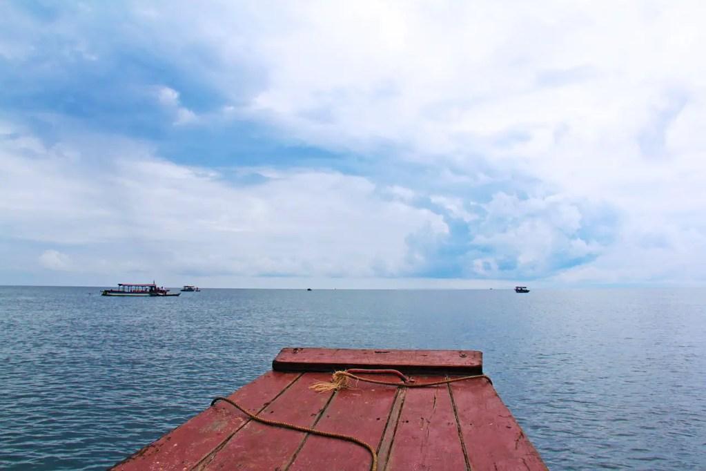 water, boat, lake-951233.jpg