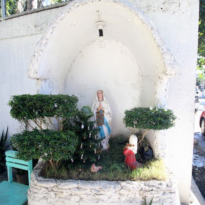 seven street side Virgin Mary grottoes