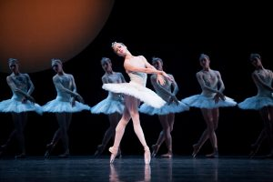 Lesley Rausch as Odette© Angela Sterling