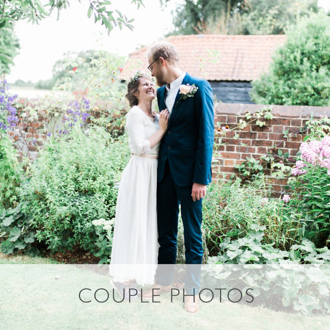 Sample wedding timeline, the couple photos