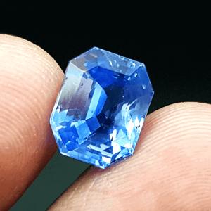 An Original Natural Sri Lankan or Siloni or Ceylon Blue Sapphire (indro Nila Pathor) Stone - অরিজিনাল শ্রীলংকান বা সিংহলি বা সিলোনি ইন্দ্রনীলা পাথর