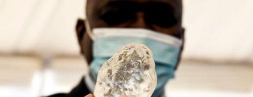 World's Third Largest Diamonds Discovered in Botswana – বোতসোয়ানায় আবিষ্কৃত পৃথিবীর তৃতীয় বৃহত্তম হীরা