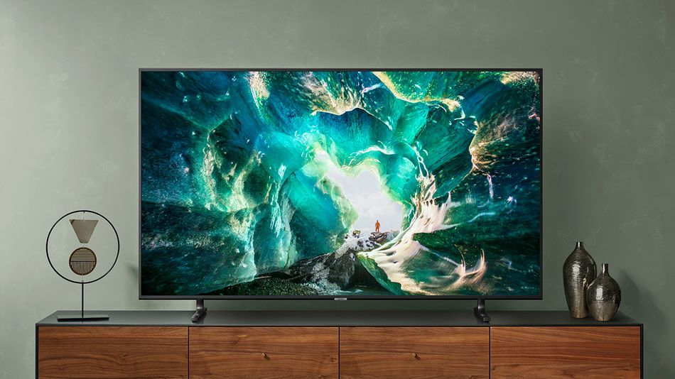 lucky-enough-to-snag-a-new-xbox?-pair-it-with-a-samsung-4k-tv-on-sale-at-best-buy.