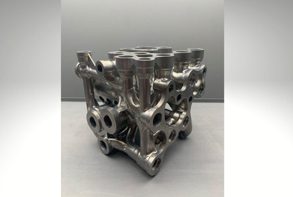 Hydraulic manifold designed for aerospace industry