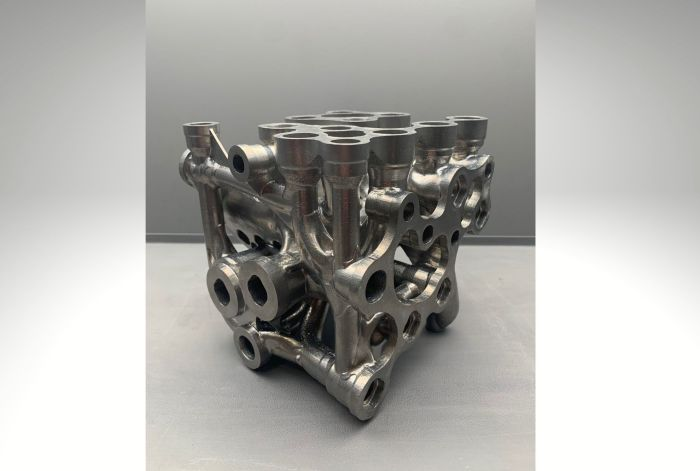 Hydraulic manifold re-designed for AM in the aerospace industry