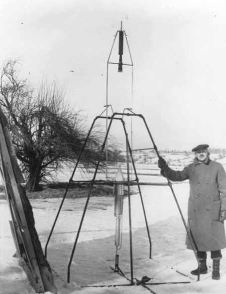 First Flight of a Liquid Propellant Rocket