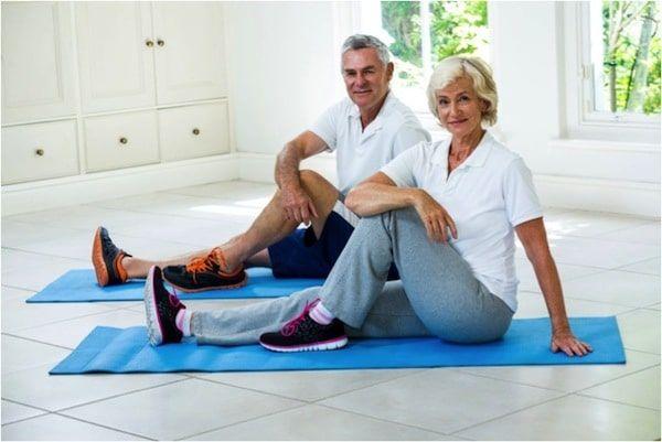 etirement sur tapis de gym