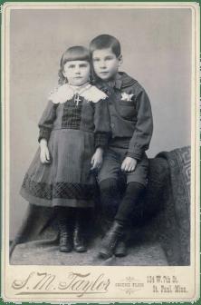 Elizabeth (1885-1964) and William (1883-1956) Haupers
