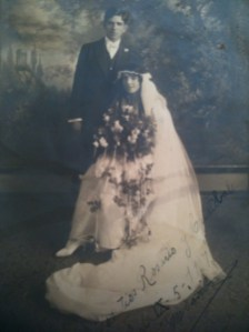 Wedding of José María Dávila (1897-?) and Enriqueta Goldbaum (1900-?)