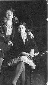 Maybelle (1909-2001) and Viola (1912-1988) Stoltz