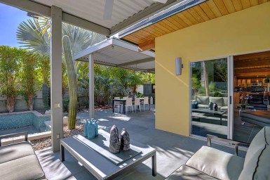 OUTDOOR COVERED PATIO RS