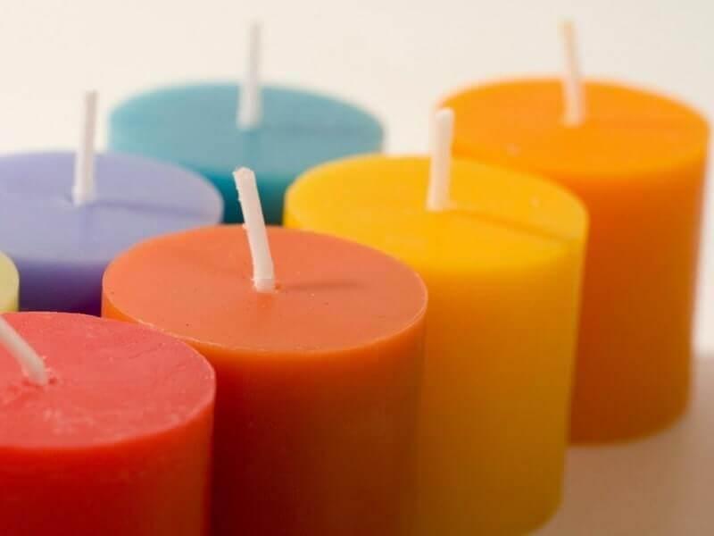 kerajinan bahan lunak dari lilin