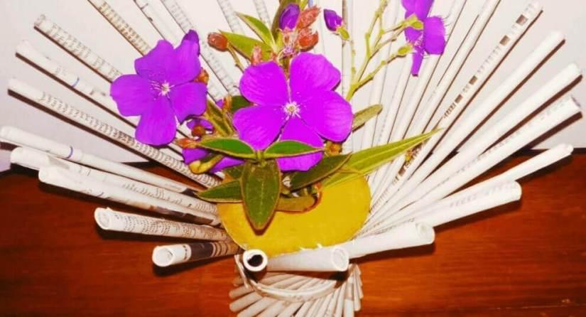pot bunga dari koran