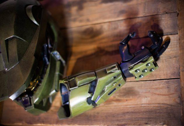 343 Industries colabora con Limbitless para fabricar prótesis inspiradas en Halo