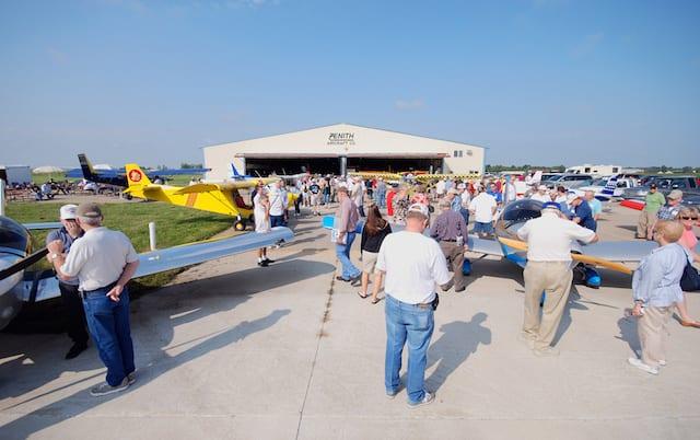 zenith-open-hangar-2008b