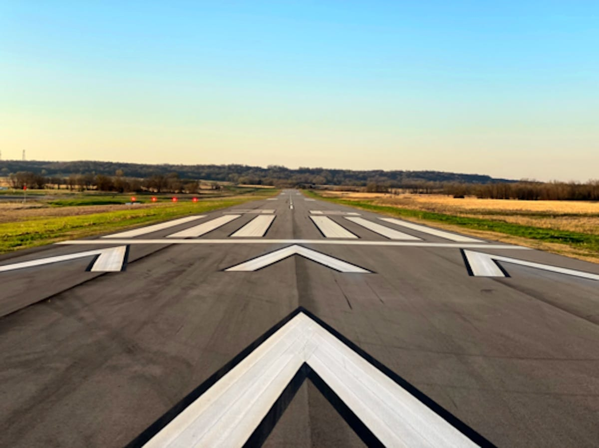 New runway opens at 1K8
