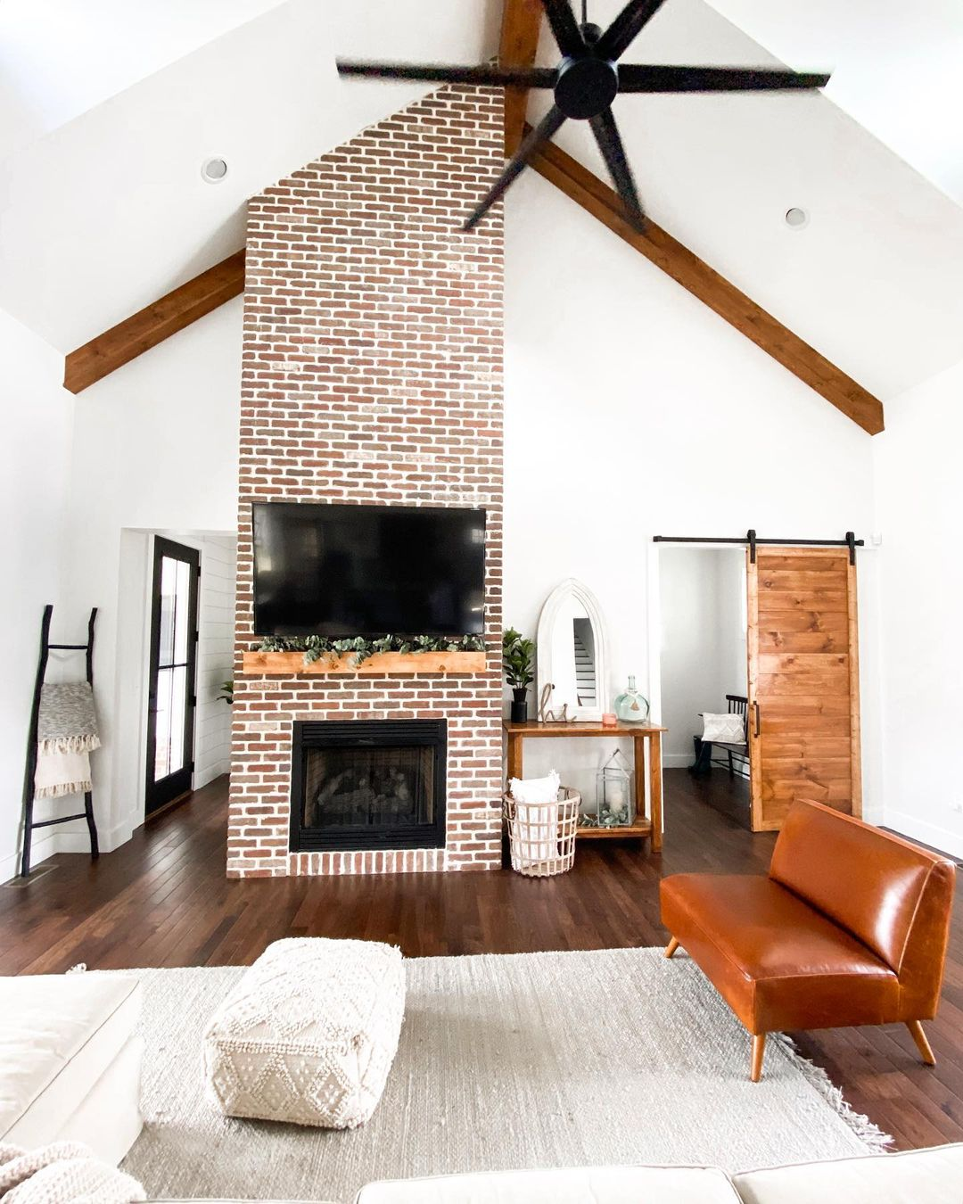 Peppermill-ThinBrickFireplace-@keeverfarmhouse-2