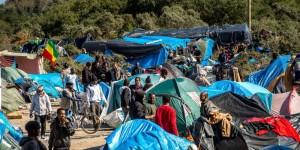 Calais zone-concentre-cinq-a-six-mille-femmes-hommes-et_3271689_1000x500