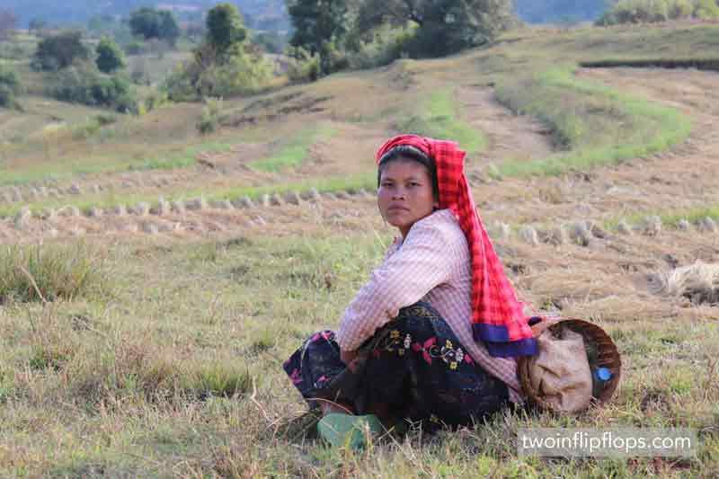 myanmar_Kalaw_hike_inle_lake_biking_burmese_women_twoinflipflops