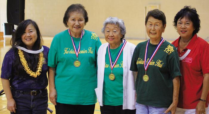 L–R: Deputy Director Jeanne Ishikawa, Nancy Miura, Alice Kanemori and Yoshiko Hamaguchi of Ko`olau Senior Hui from Kaneohe and Sherry Goya. (photo courtesy of Dept. of Parks & Recreations).
