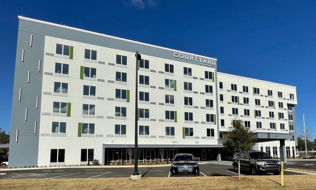 Courtyard-by-Marriott-Pensacola-West-Courtyard-Elevation