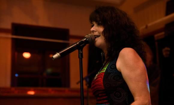 Sharni, lead vocalist, Genexis - Yandina Hotel