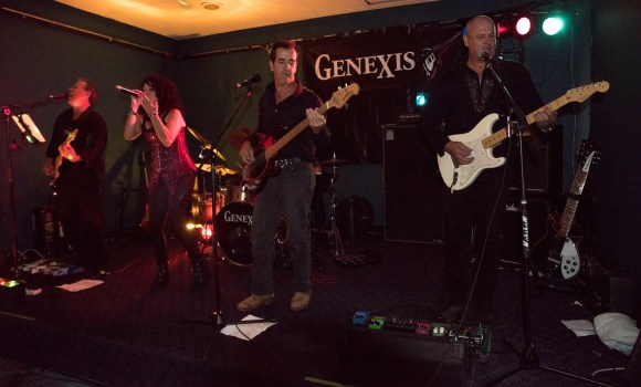 Genexis live music - Tewantin Noosa RSL