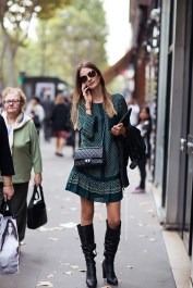 For the first days of spring, a dress, leather jacket, boots and sunnies