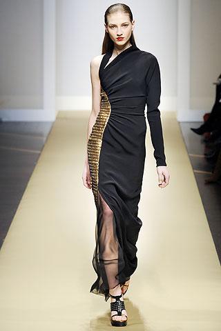 Gianfranco Ferr Fall 2010 Fashion Amp Wear Geniusbeauty