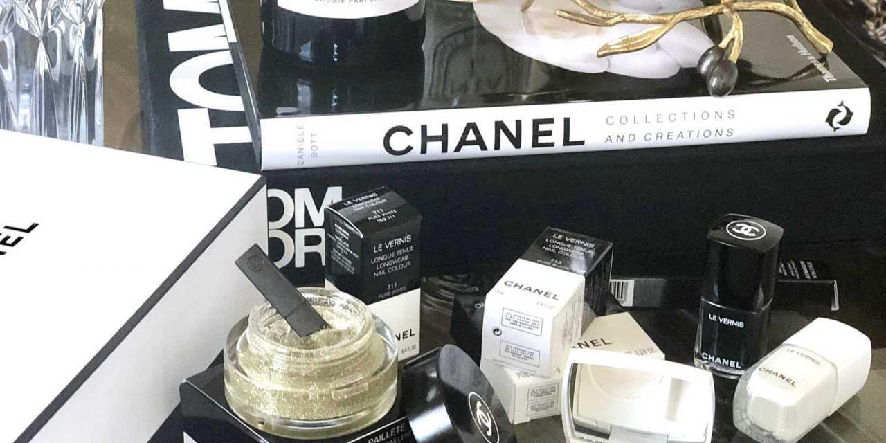 Chanel Makeup Fall-Winter 2019 – Noir Et Blanc De Chanel – Review + Swatches
