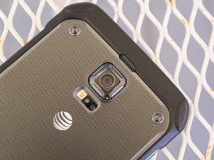 Samsung Galaxy S5 active rear camera