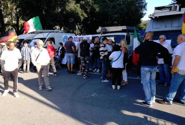 Manifestazione ambulanti bolkestein