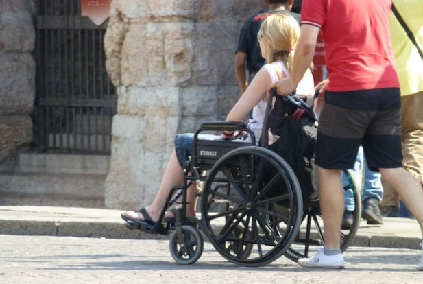 donna-disabile-carrozzina-handicap