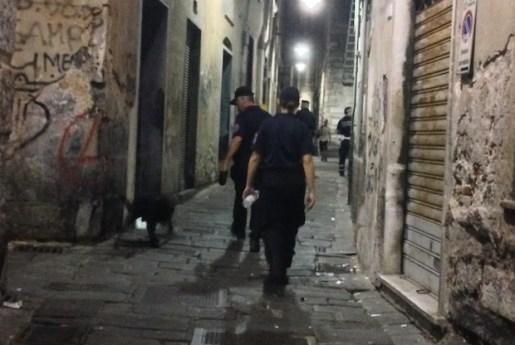 cane droga carabinieri centro storico