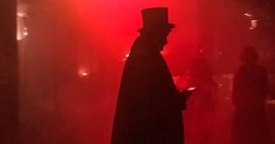 """Stasera alla Claque, """"Diabolika"""", lo spettacolo dell'occulto tra demoni e punk"""