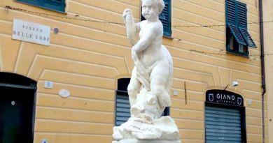 Piazza delle Erbe, per il barchile restaurato passano tre secoli di storia e storie di Genova