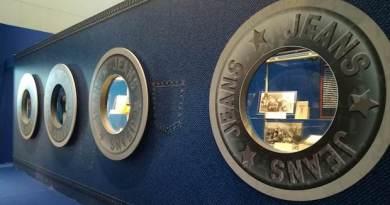 La storia del jeans e di Genova in una mostra di Palazzo Reale e del Museo della Seta a Mercanteinfiera