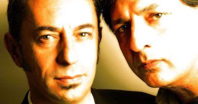 """I genovesi Pivio e Aldo De Scalzi si aggiudicano il David di Donatello come migliori musicisti per """"Ammore e malavita"""""""