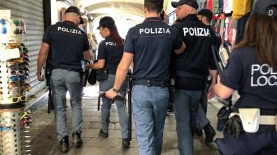polizia sottoripa